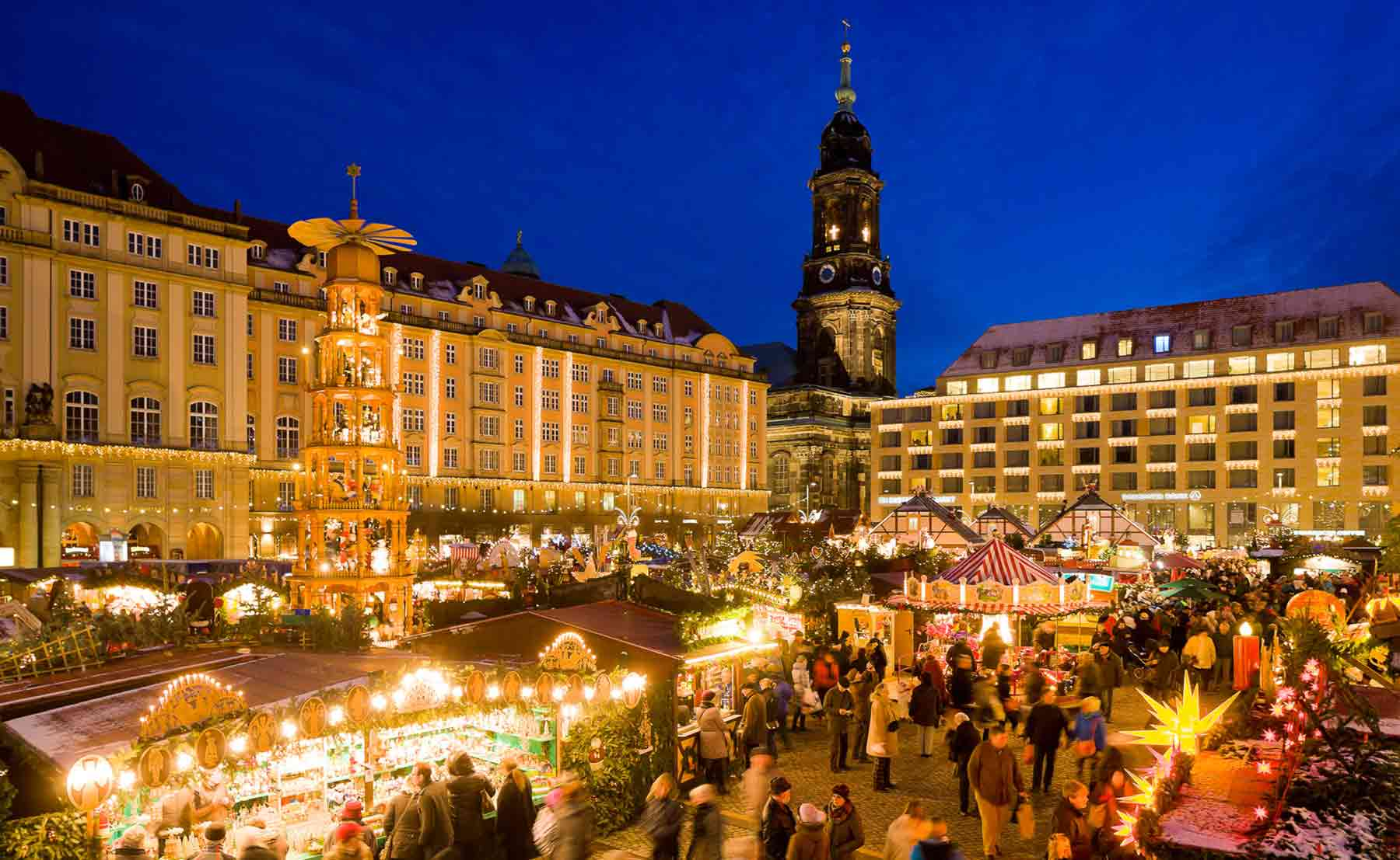 Weihnachtsmarkt In Dresden.It S The Most Wonderful Time Of The Year Unsere Teambrenner