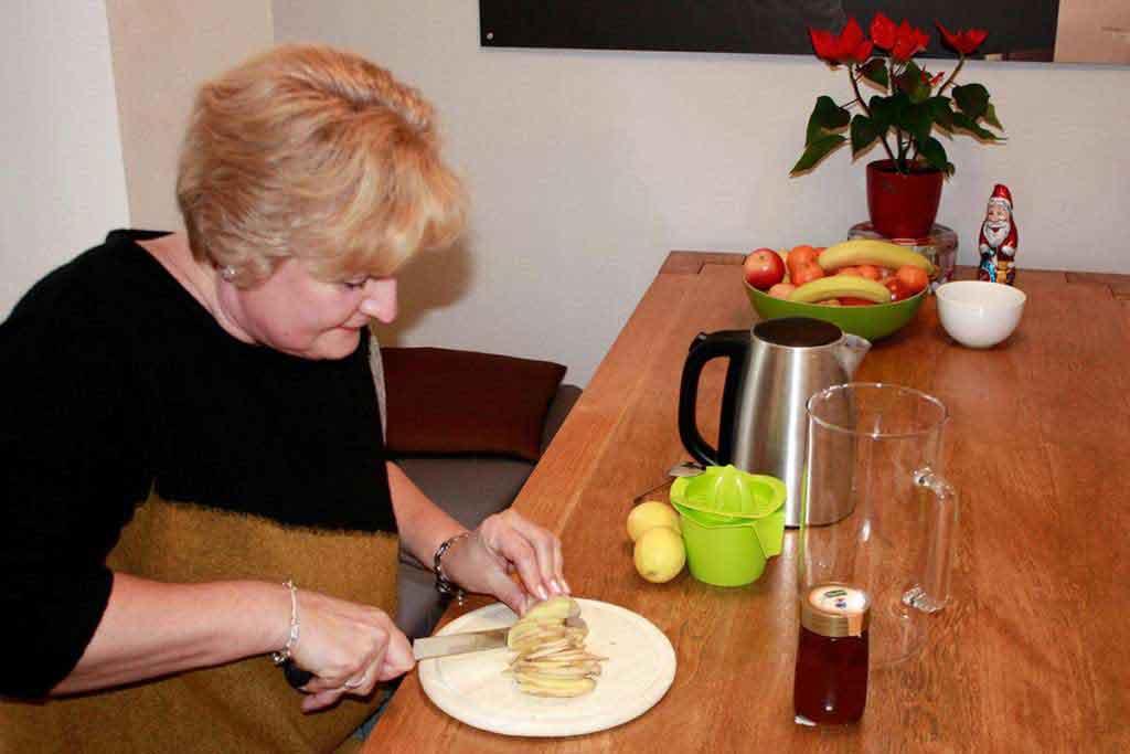 TEAMBRENNER Sylvia sorgt für gesunde Mitarbeiter mit ihrem Gesundheitstee