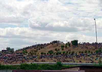 Die Fans pilgern an die Strecke