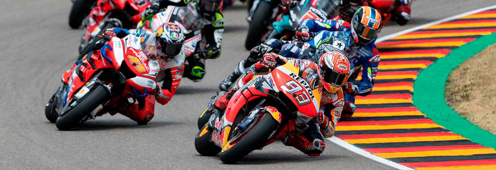 MotoGP Sachsenring 2019 mit TEAMBRENNER (Box Repsol [CC BY 2.0])